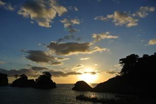 堂ヶ島の夕焼けの写真素材 [FYI03427755]