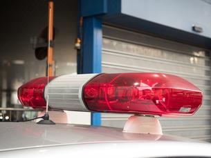 緊急自動車の赤色灯の写真素材 [FYI03427873]