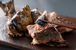 糠ニシンの焼き魚の写真素材 [FYI03428842]