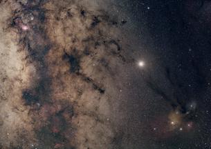 アンタレスと天の川の写真素材 [FYI03429147]