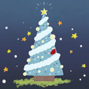 手描き風 夜のクリスマスツリーのイラスト素材 [FYI03429154]