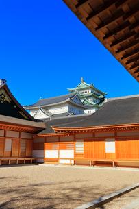 名古屋城天守閣と本丸御殿の写真素材 [FYI03429316]