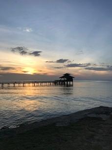 ビンタン島 サンセットの写真素材 [FYI03429546]