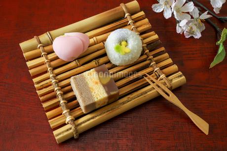 和菓子の写真素材 [FYI03430473]