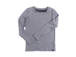 子供用の長袖シャツの写真素材 [FYI03430767]