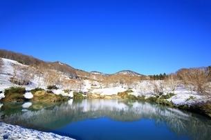 地獄沼と八甲田連峰の写真素材 [FYI03430864]