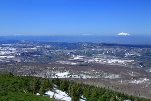 八甲田山頂公園より望む岩木山の写真素材 [FYI03430883]