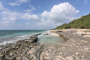 宮古島/来間島・長間浜ビーチの11月の風景の写真素材 [FYI03431310]