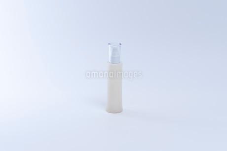 コスメ 化粧品イメージの写真素材 [FYI03432168]
