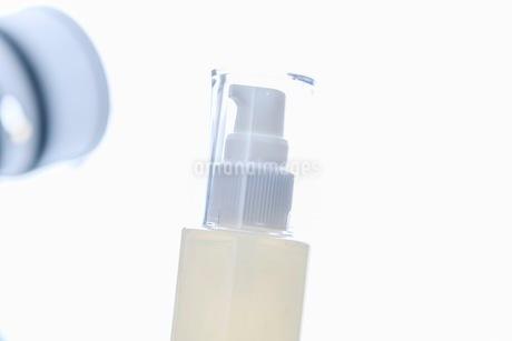 コスメ 化粧品イメージの写真素材 [FYI03432171]