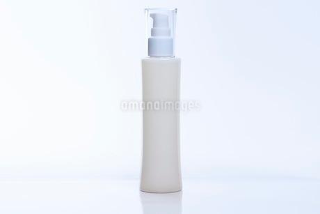 コスメ 化粧品イメージの写真素材 [FYI03432185]