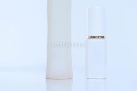 コスメ 化粧品イメージの写真素材 [FYI03432186]