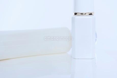 コスメ 化粧品イメージの写真素材 [FYI03432187]