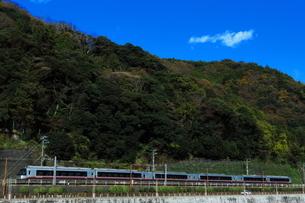 小田急ロマンスカーEXEαの写真素材 [FYI03433239]