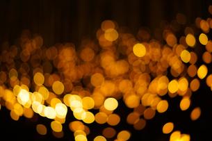 クリスマスイルミネーションのイメージ(背景素材)の写真素材 [FYI03433508]