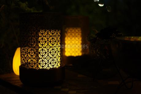 おしゃれな照明のイメージ(インテリアイメージ)の写真素材 [FYI03433781]