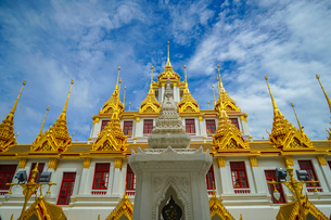 ワット・ラチャナダラム ロハプラサート(タイ王国 バンコク)の写真素材 [FYI03434315]