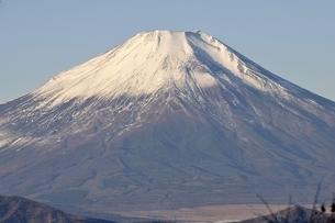 朝陽の富士山の写真素材 [FYI03434361]