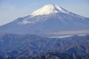 初冬富士眺望の写真素材 [FYI03434377]