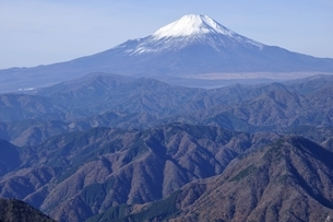 初冬の富士山の写真素材 [FYI03434415]