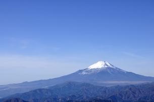 初冬の富士山の写真素材 [FYI03434422]