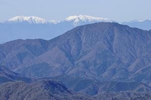 檜洞丸から南アルプスと御正体山の写真素材 [FYI03434434]