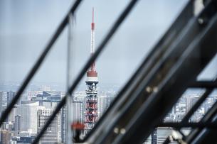 東京タワーと都市風景の写真素材 [FYI03434587]