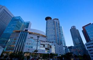 大阪 西梅田  オフィス街の写真素材 [FYI03435756]