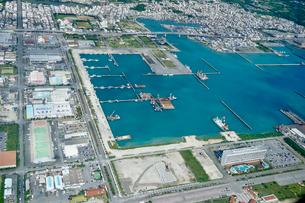 沖縄の航空写真の写真素材 [FYI03435957]