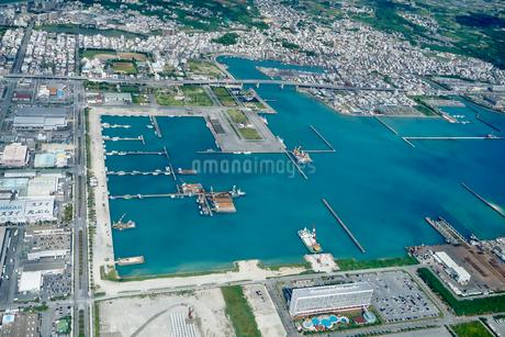 沖縄の航空写真の写真素材 [FYI03435958]