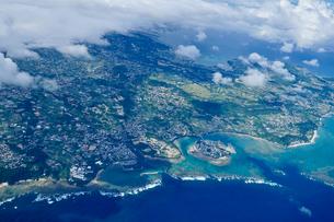 沖縄の航空写真の写真素材 [FYI03435968]