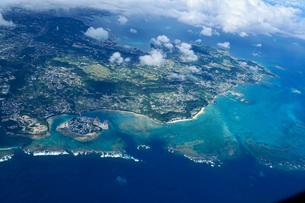沖縄の航空写真の写真素材 [FYI03435969]