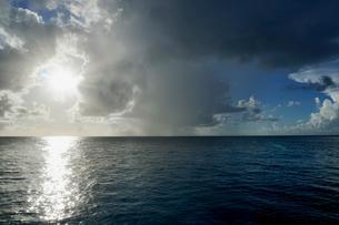島の海景の写真素材 [FYI03435993]