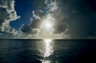 島の海景の写真素材 [FYI03435994]