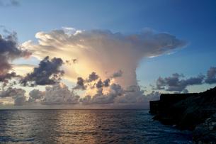 珍しい雲の写真素材 [FYI03436007]