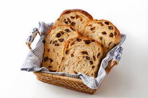 パン・ぶどうパンの写真素材 [FYI03438072]