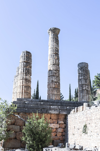 アポロン神殿列柱風景の写真素材 [FYI03438149]