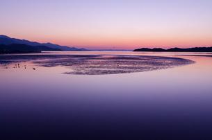 糸島の夕景の写真素材 [FYI03438475]