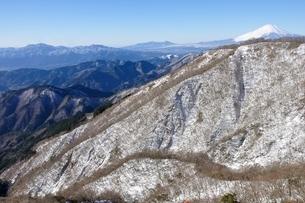 冬の大倉尾根からのパノラマの写真素材 [FYI03438680]