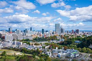 仙台城跡より望む仙台市街の写真素材 [FYI03439116]