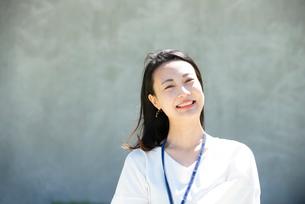 笑っている女性の写真素材 [FYI03439178]