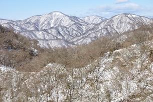 丹沢雪景色 大倉尾根より西丹沢の写真素材 [FYI03439541]