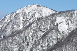 厳冬の蛭ヶ岳の写真素材 [FYI03439550]