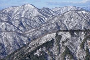 雪の西丹沢展望の写真素材 [FYI03439565]