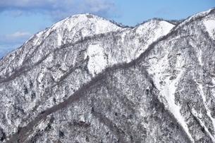 厳冬の蛭ヶ岳の写真素材 [FYI03439567]