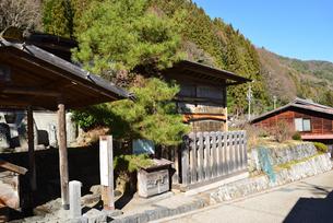 奈良井宿 高札場の写真素材 [FYI03439883]