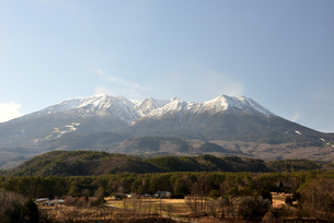 開田高原 御嶽山の写真素材 [FYI03439911]