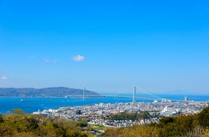 須磨浦山上から明石海峡大橋を望むの写真素材 [FYI03440529]