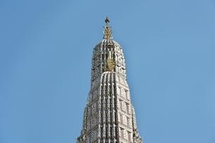 タイ バンコクの暁の寺(ワット・アルン)の写真素材 [FYI03440634]