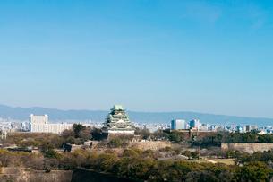大阪城と大阪城公園の写真素材 [FYI03441011]